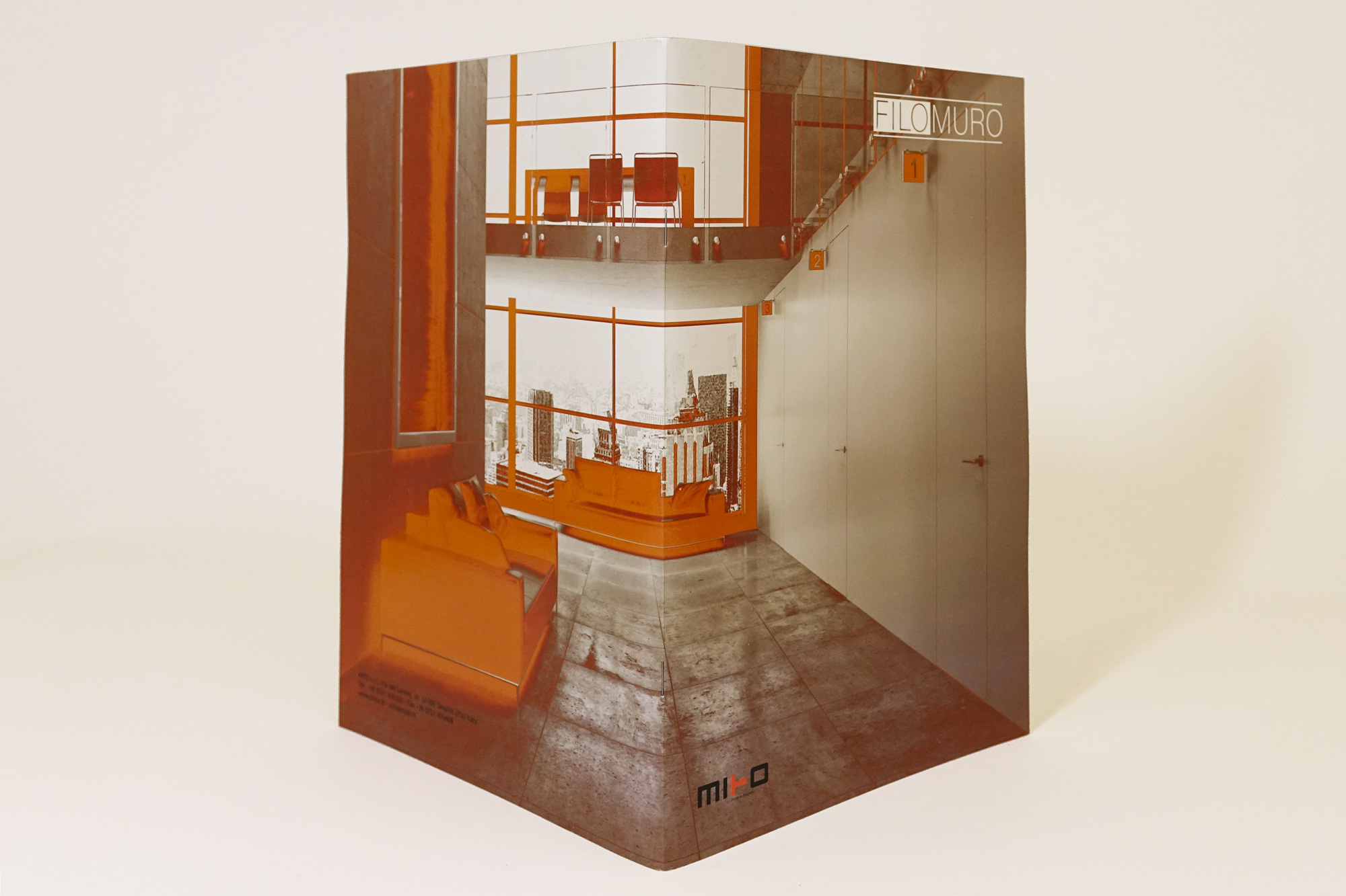 studio bartolini cataloghi grafici rendering 3D Filomuro doors security catalogo porte maniglie inferiate ante chiudiporta Tavullia Pesaro Urbino aperto